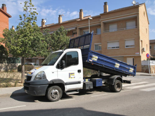 Alquiler camion volquete Martorell