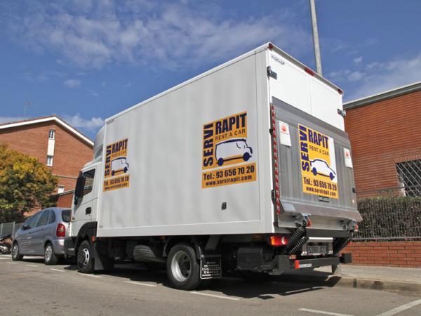 alquiler de camiones en Sant Feliu de Llobregat
